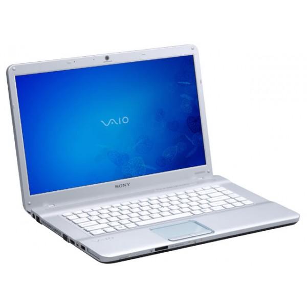 Sony Vaio E series VPC-EB3QFX/White Core i3